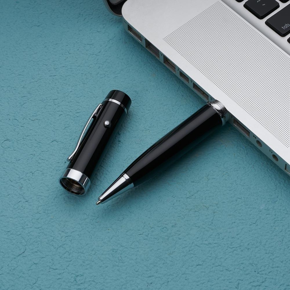 b3e73d442 Caneta pen drive 8GB Metal com laser point.